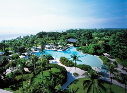 Shangri-La's Mactan Resort & Spa Outdoor-Swimming-Pool